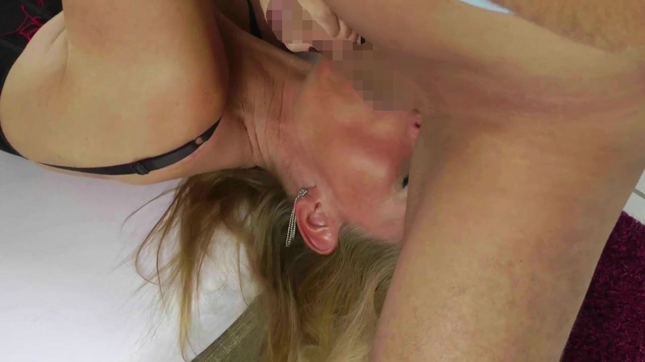 Amateurporno mit DirtyTina